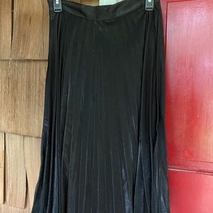 Black Accordion Skirt - Downeast - M